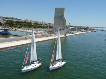 Регулярные групповые прогулки на яхте в Лиссабоне: днем и на закате